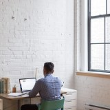 7 Tips to Create a Green and Sustainable Home Office