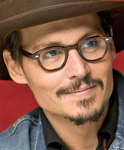 https://i1.wp.com/biografieonline.it/img/bio/j/Johnny_Depp.jpg