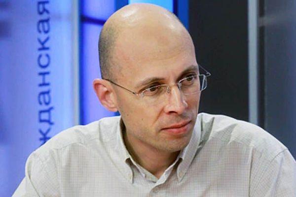 Сергей Асланян - биография ведущего на Эхо Москвы