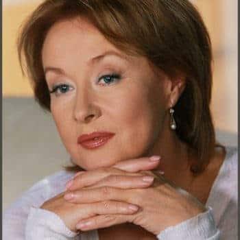 Лариса Удовиченко - биография, личная жизнь, фото актрисы