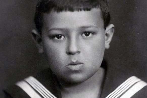 Владимир Этуш в детстве