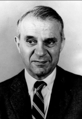 Biography of Wassily Leontief