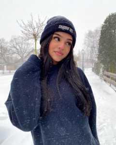 Arunya Guillot Biography