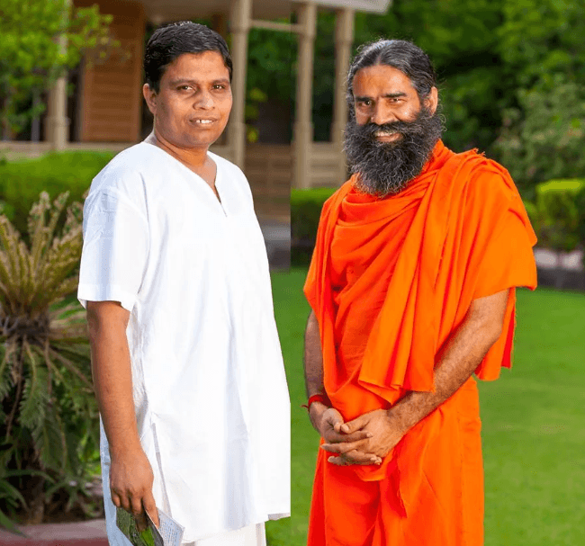Acharya Balkrishna bonding with Ramdev
