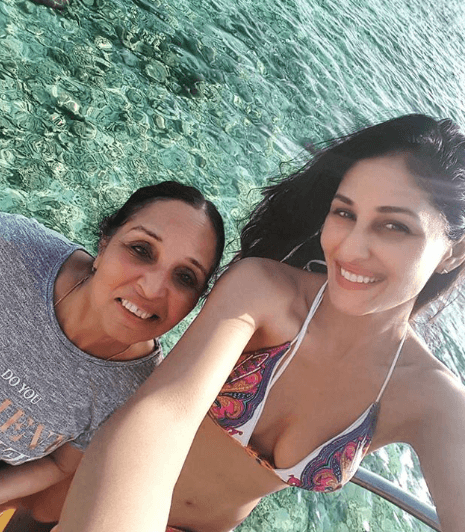 Pooja Chopra with his Mother