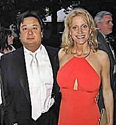 It took a lot of pestering from George T Conway to convince Kellyanne to marry him.