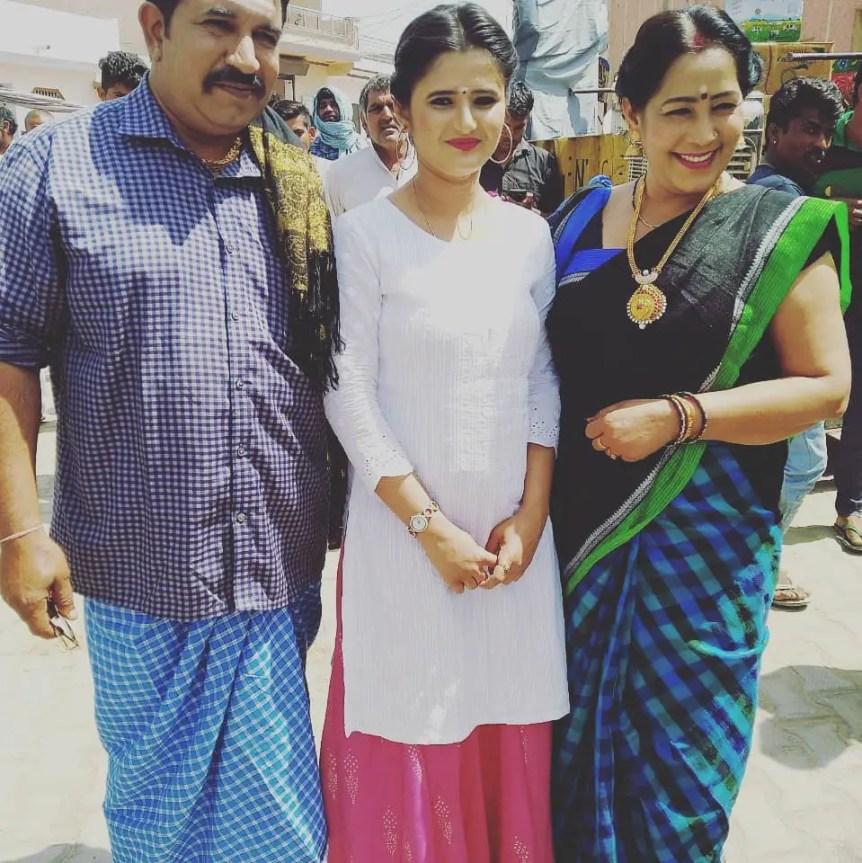 Anjali Raghav Mother & Father