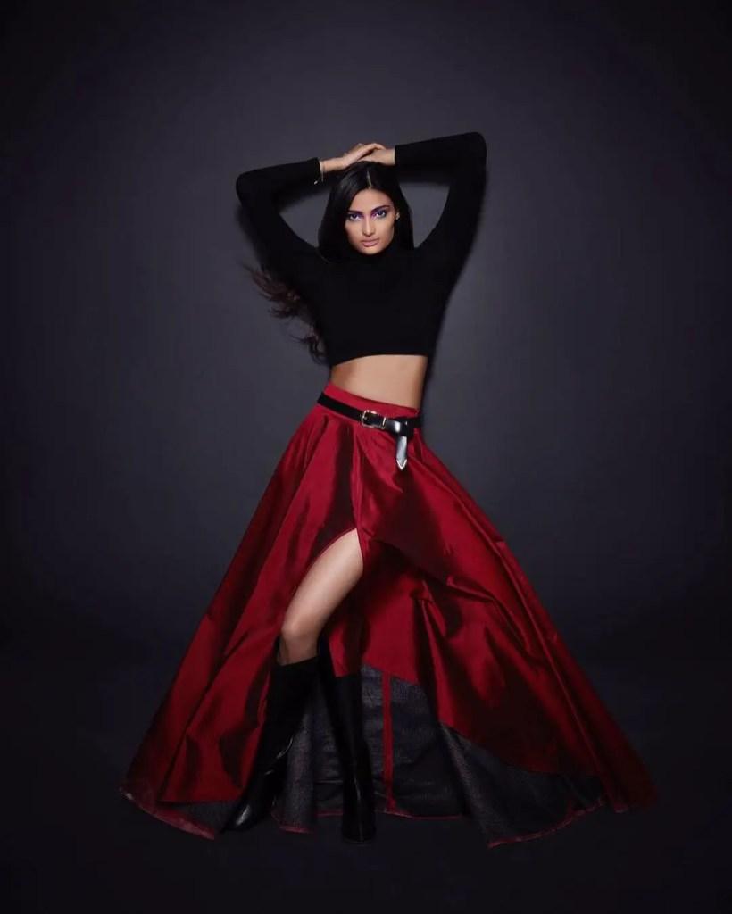 Athiya Shetty sexy pic