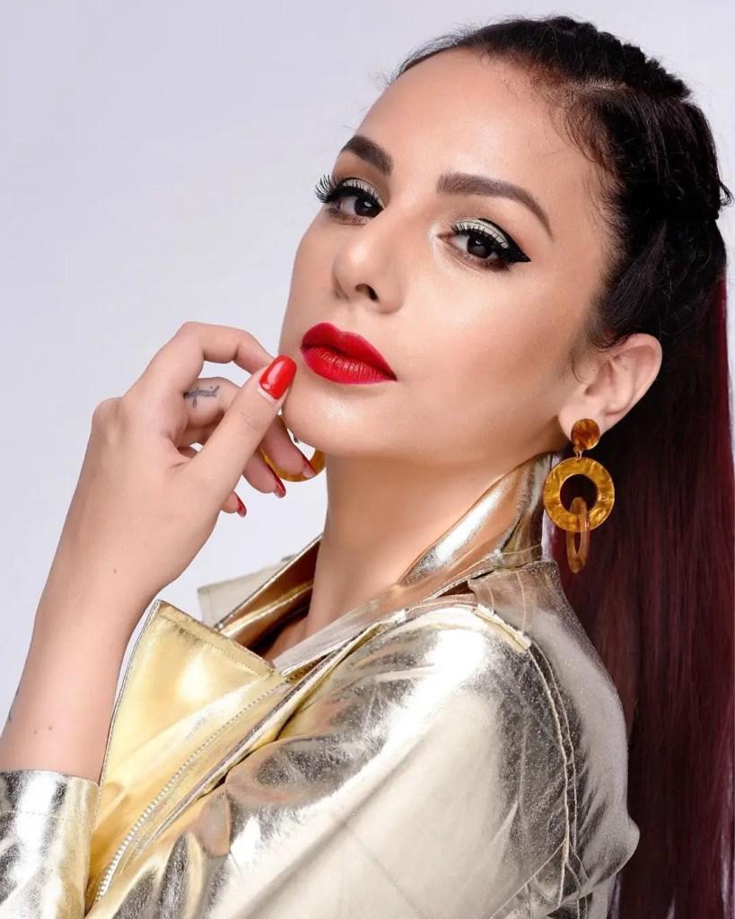 Nitibha Kaul Sexy pic