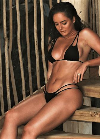 Chloe Morello hot