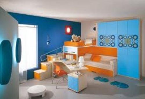 kamar anak dari kayu warna solid