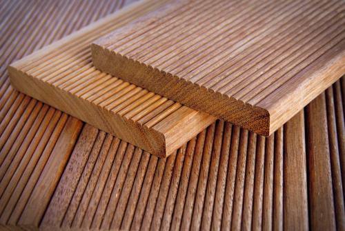 sifat dan karakter kayu merbau