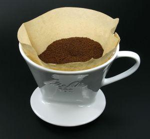 Filtre à café, Elya (CC-BY-SA-3.0)