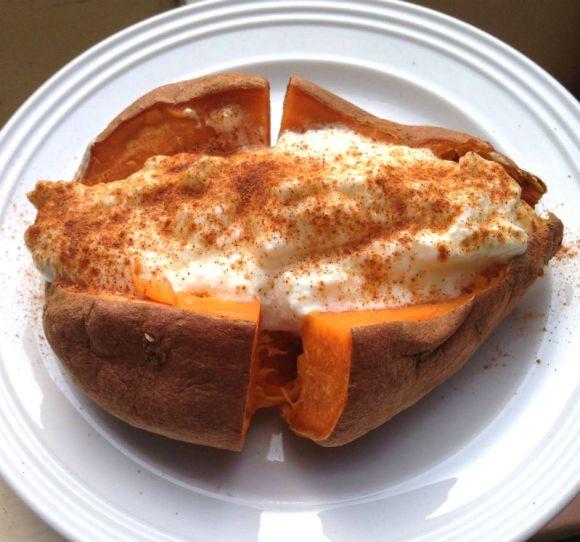 recept voor gezond ontbijt met zoete aardappel van Biolicious