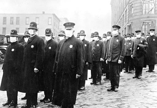 1918-influenza-epidemic_seattle_masked_police