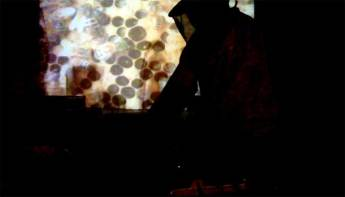 2011 – Bioni Samp presents Beespace live at ILLFM at The Others, London