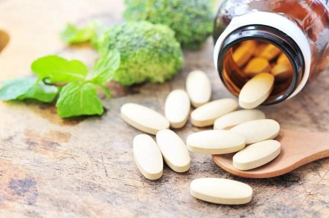 Diferencias entre suplementos y medicamentos
