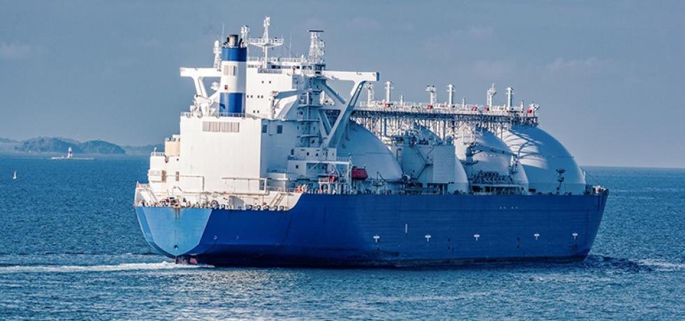 ships plastic waste oceans