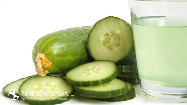 Страхотни ползи от пиенето на вода с краставица (+4 Рецепти)