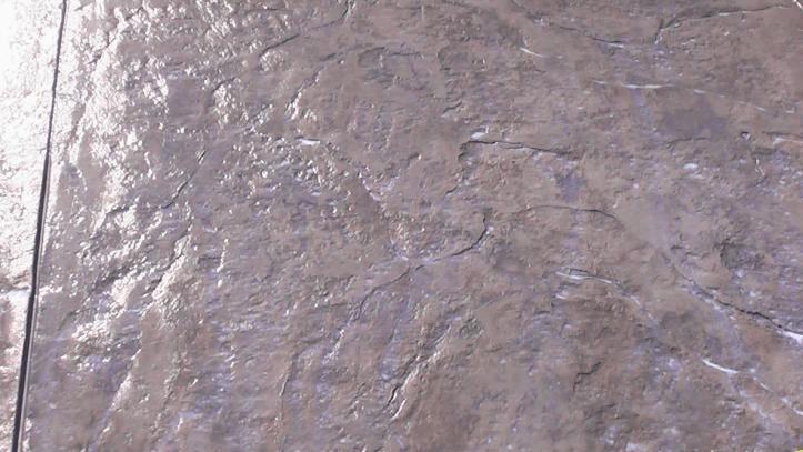 1.206 Enlever des taches de peintures sur du ciment ou du béton