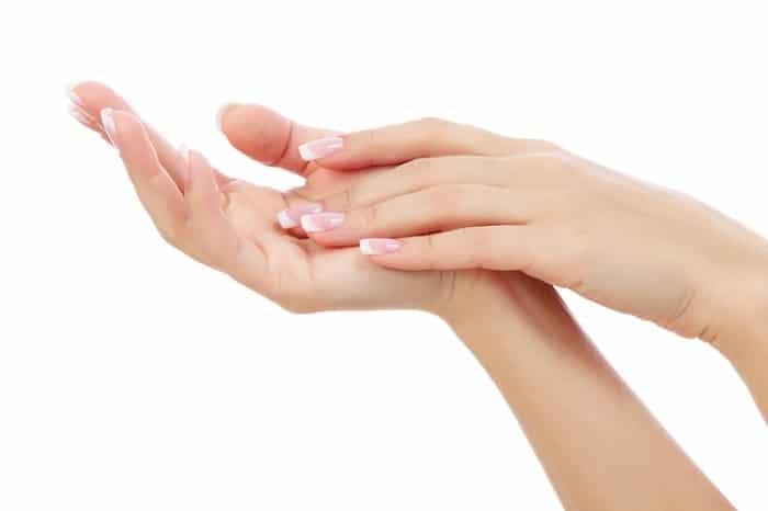 1.718 Enlever une tache de fuel, de mazout ou de goudron sur de la peau.jpg