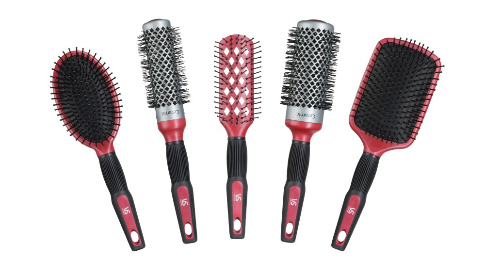 1.768 Nettoyer sa brosse à cheveux
