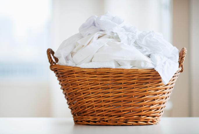 1.890 Blanchir des vêtements en coton, de lin ou soie