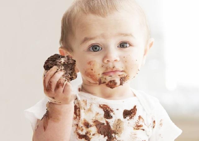 1.911 Enlever une tache de chocolat (2).jpg