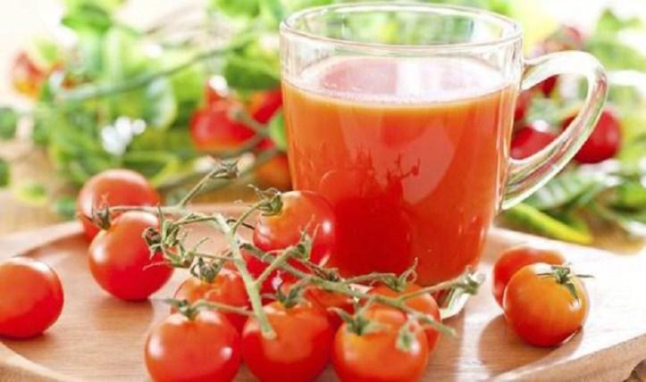 1.921 Enlever une tache de tomate sur des vêtements (2).jpg