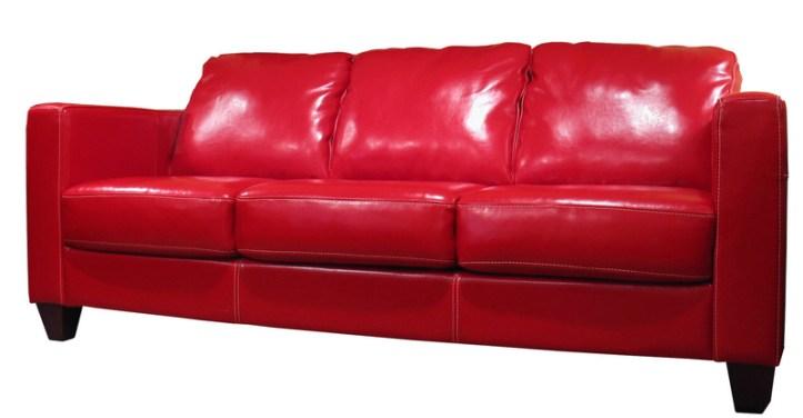 1.952 Redonner de l'éclat a nos fauteuils en cuir.jpg