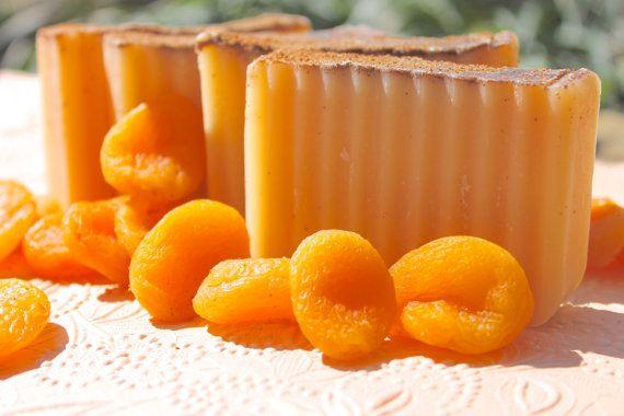 Apricot_soap_bio