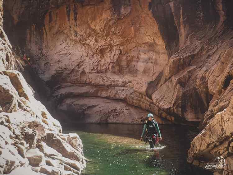voyage et exploration canyoning
