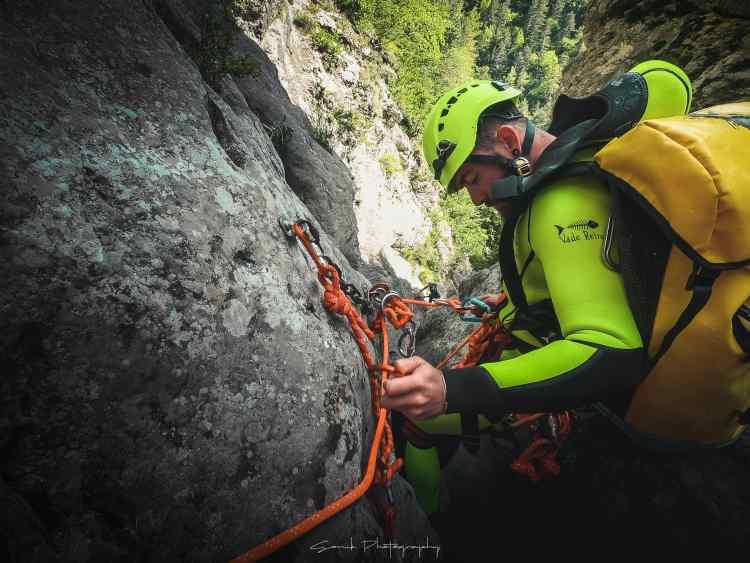 partez à l'aventure en canyoning dans le vercors