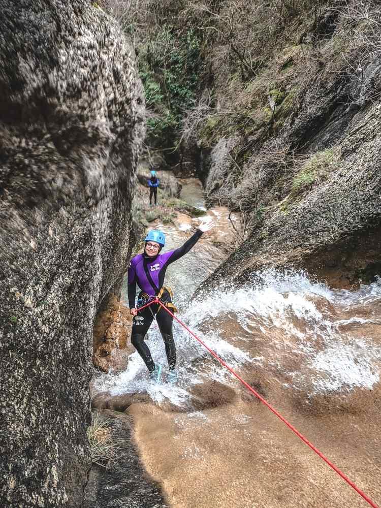 Venez découvrir le canyoning à proximité de die.