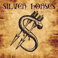 Silver Horse, das silberne Pferd kommt hier mit einem Album daher, welches stilistisch in sich einfach passend aufgemacht ist und auch vom Sound her sich seinem Gewand gerecht wird. Wie […]