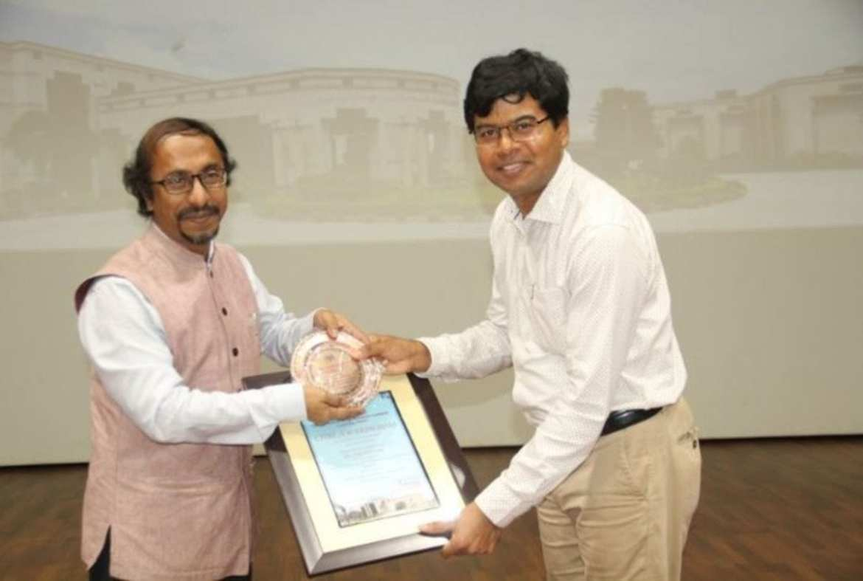 CDRI confers awards