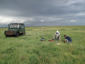 Photo 1: Michael Anderson (right) and Deus Rugemalila (left) conducting a vegetation survey in Serengeti National Park. Photo credit: Anita Risch.