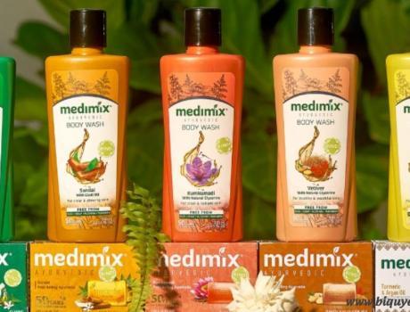 Review sữa tắm Medimix có tốt không