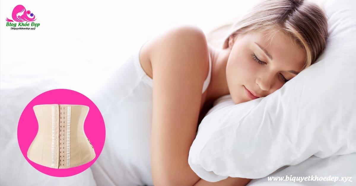 Có nên nịt bụng ban đêm khi ngủ không