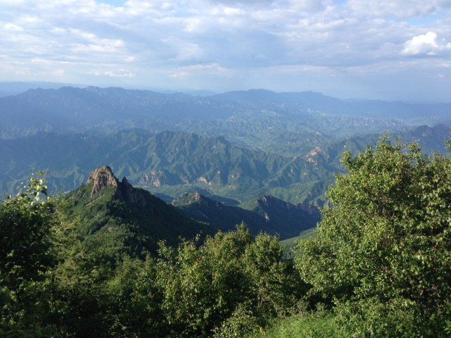 The view to the northeast from the peak at Wulingshan.