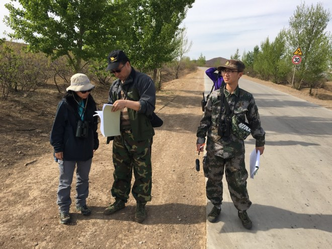 2016-05-07 Dr Wang and team with Vivian, Inner Mongolia