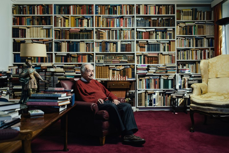 George-Steiner-at-his-home-in-Cambridge-England-Tiago-Rodrigues-By-Heart