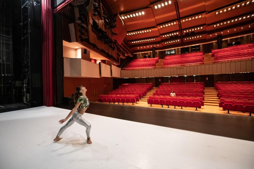 performance-coreografia-distefano-intervista-bolzano-danza
