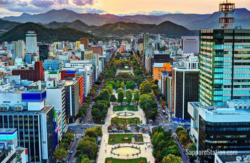 Click photos to enlarge. Odori Park in Summer.