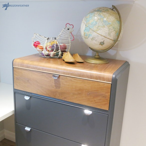 Roadside Rescue Waterfall Dresser | Birdz of a Feather | Tutorial on how to make over a waterfall dresser | #furnituremakeover #waterfalldresser #paintedfurniture | BirdzofaFeather.ca