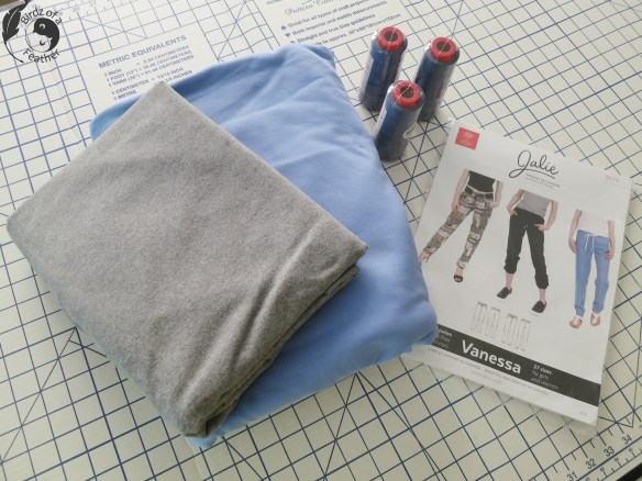 Relax in style with Jalie Vanessa Lounge Pants. Learn how to sew them at Birdz of a Feather. lounge pants | lounge pants pattern | how to sew | Fabricville Co. | french terry | french terry fabric | sewing | rib knit #birdzofafeather.ca #fabricville #sewing #sewingstudio