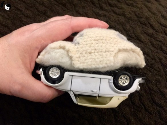 This needle felted VW Beetle started as a wool sweater! Come grab the free pattern and tutorial :). Birdz of a Feather | needle felting | needle felting tutorials | needle felting ideas | needle felted VW | needle felted beetle | needle felted vw beetle | wool felted | wool felted projects | wool felted projects free pattern | free pattern | needle felted tutorials | needle felted projects | free pattern felt | felt toys | felt ornaments | felt ornaments patterns free