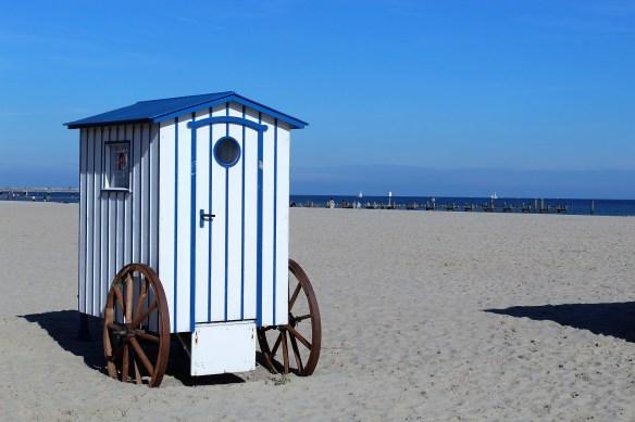 beach-3729388_1920