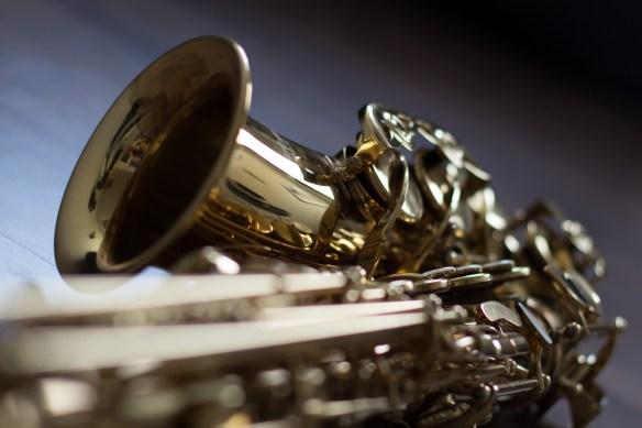 instrument-2643928_1920