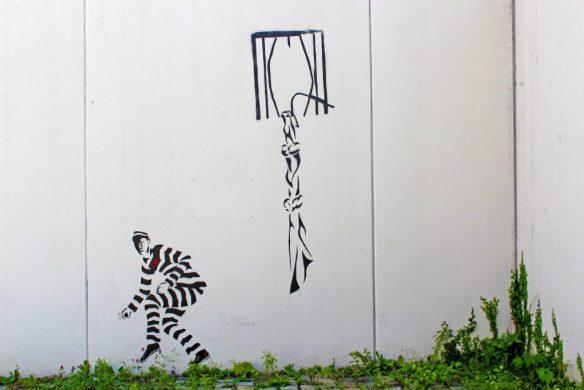 graffiti-4288489_1920-1024x683